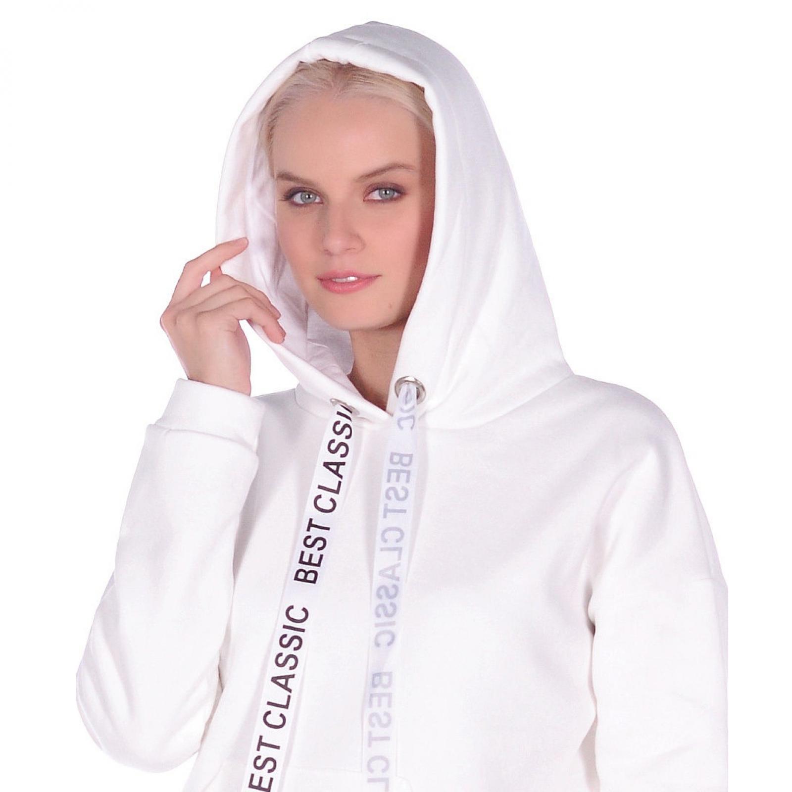 Кофта белая с капюшоном М-0144Б
